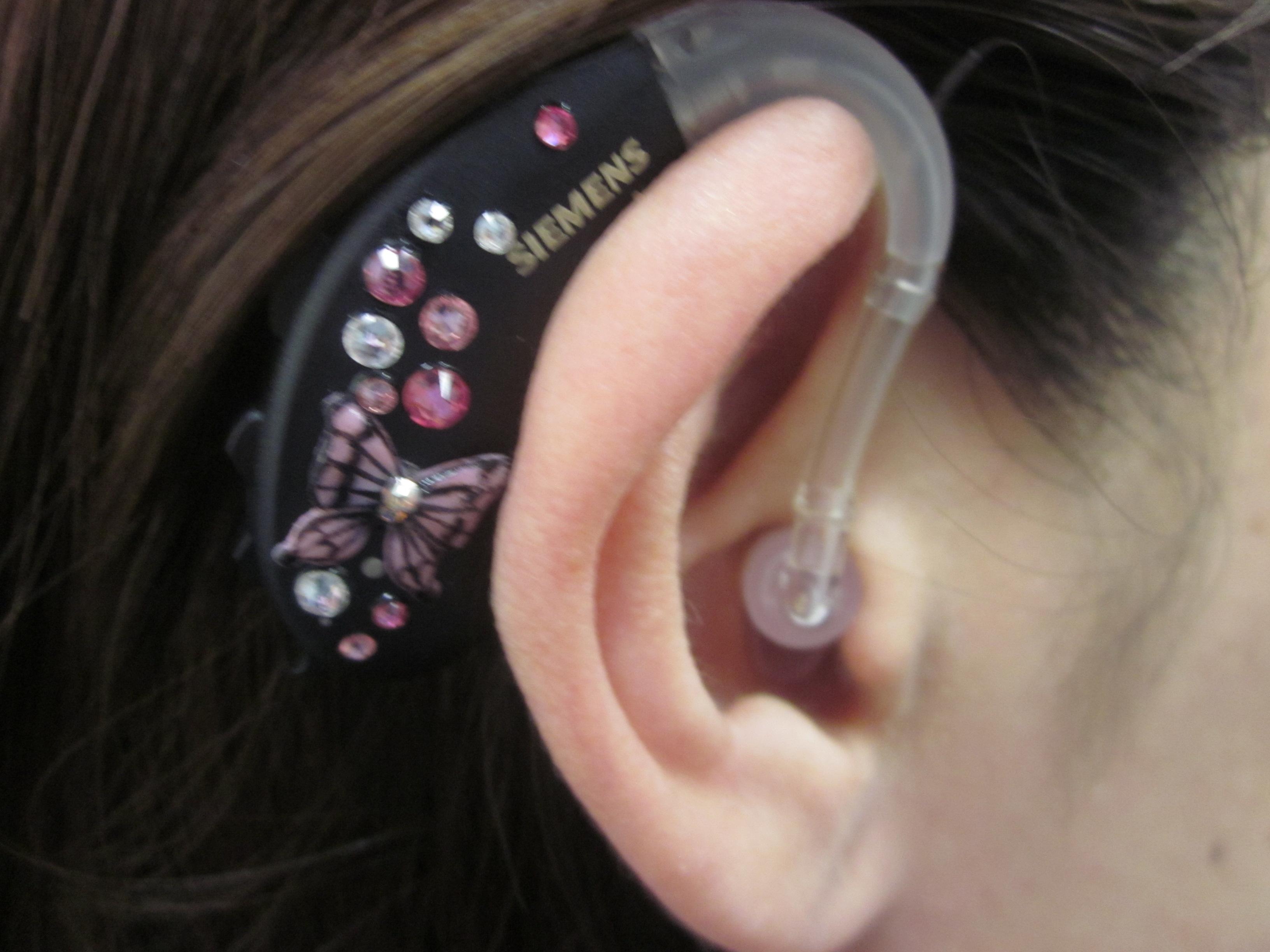 デコ補聴器 10