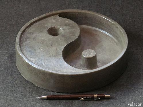 Prato Yin Yang
