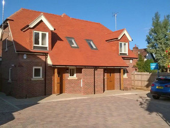 New homes completed at Shepard Place, Pangbourne
