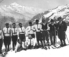 Pier Giorgio and friends skiing