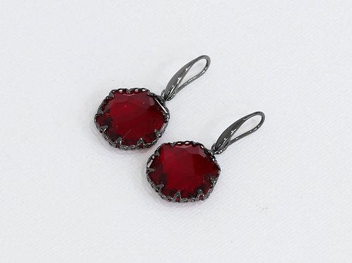 Blanche Crystal Hexagon Earrings - Hematite/Ruby