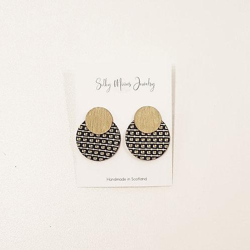 Silky Moons Double Disc Earrings - blk/pattern