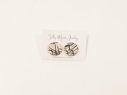 Silky Moons Single Disc Earrings - Blk/Ivory