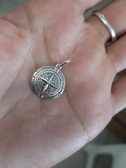 Pingente Bússola  prata pura