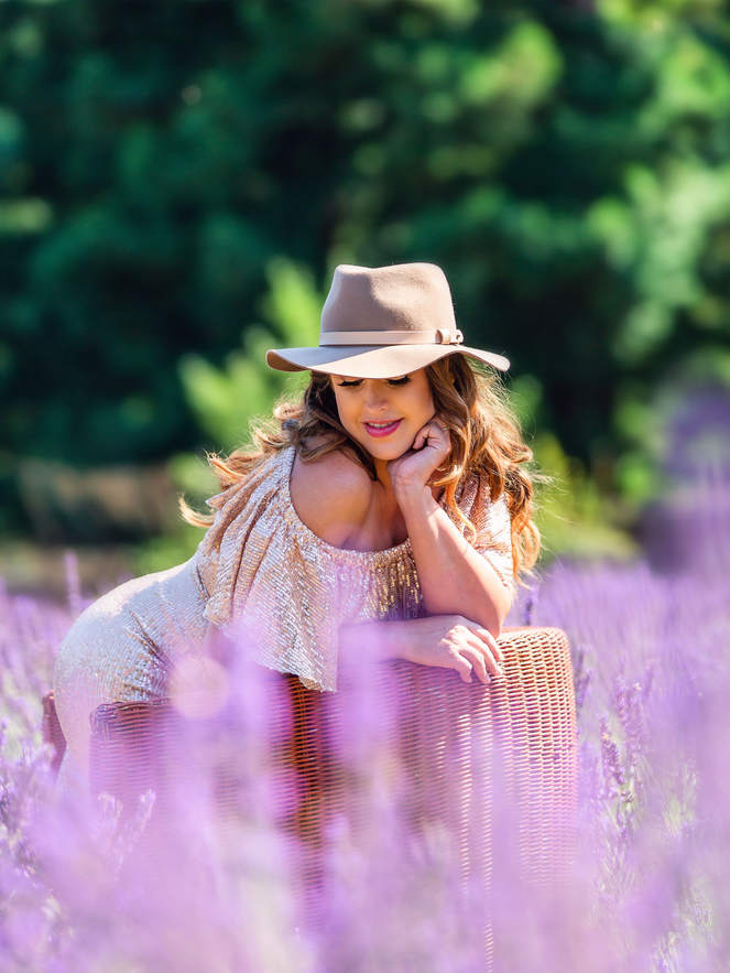 maternity photography Lavender field