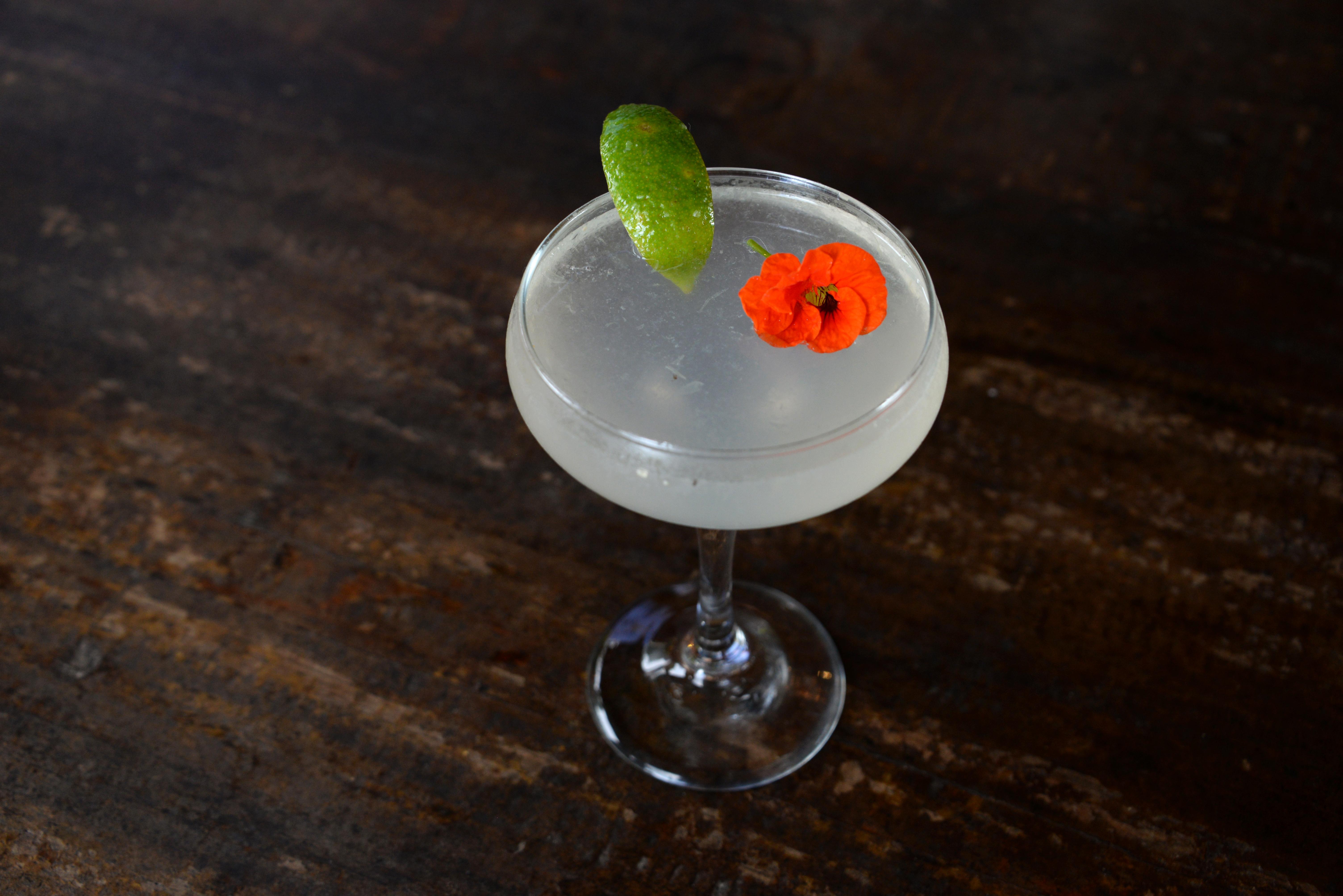 Pour-a some Flora