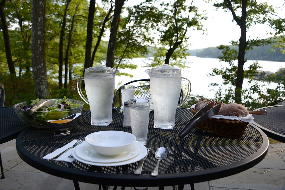 dinner-breakneck-pond-amc-meal-service