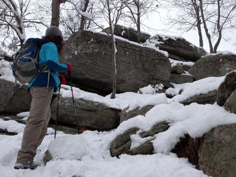 harriman-ny-hiking-winter-unboring-exploring_05.jpg