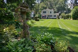 Garden plantings & lawn maintenance