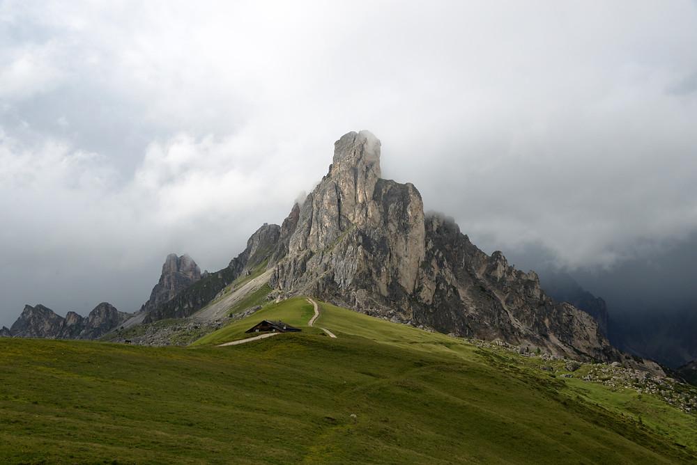 Giau-Pass-Dolomites-Italy