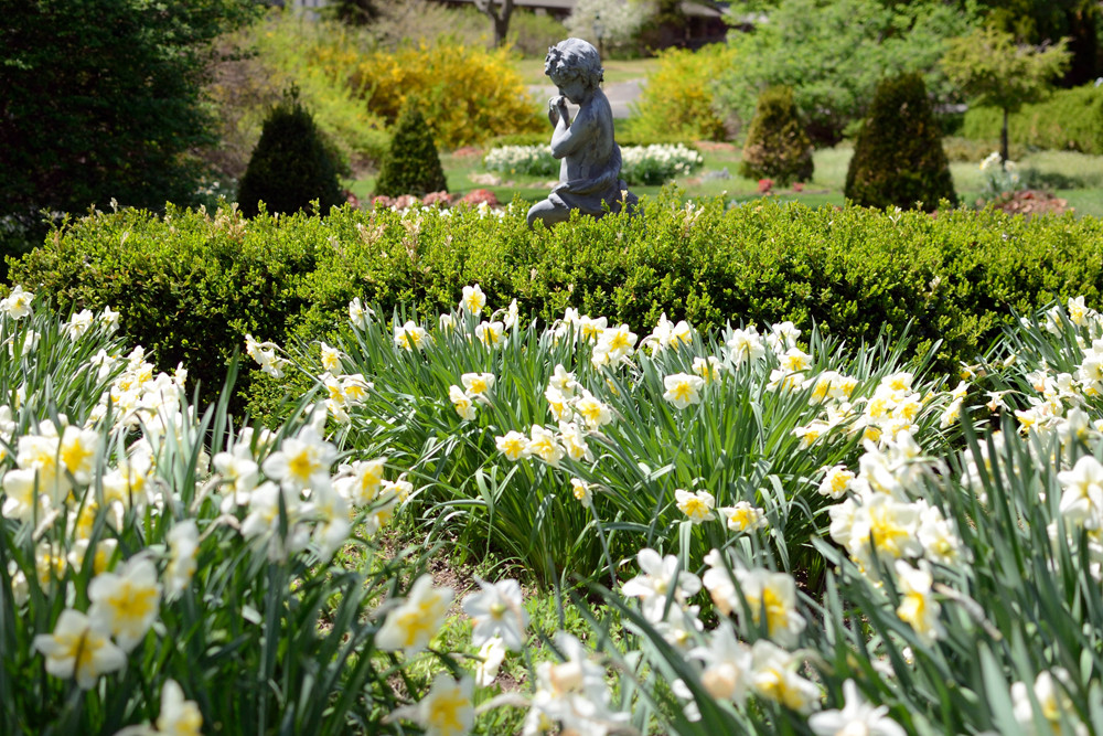unboring-exploring-new-jersey-botanical-gardens-ringwood-02