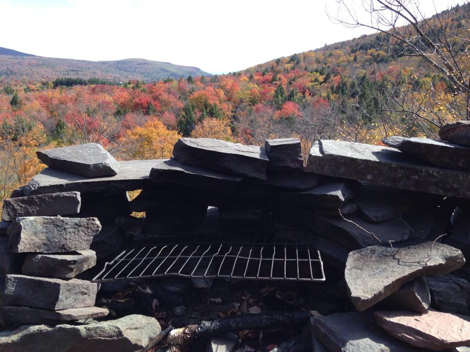 sugarloaf mountain catskills NY 05.jpg