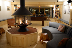 Luxurious Hotel Lounge and Fireplace