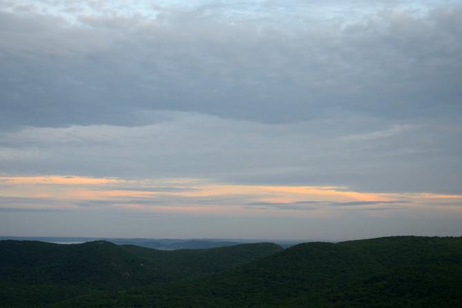 VIDEO: Bear Mountain at Sunset