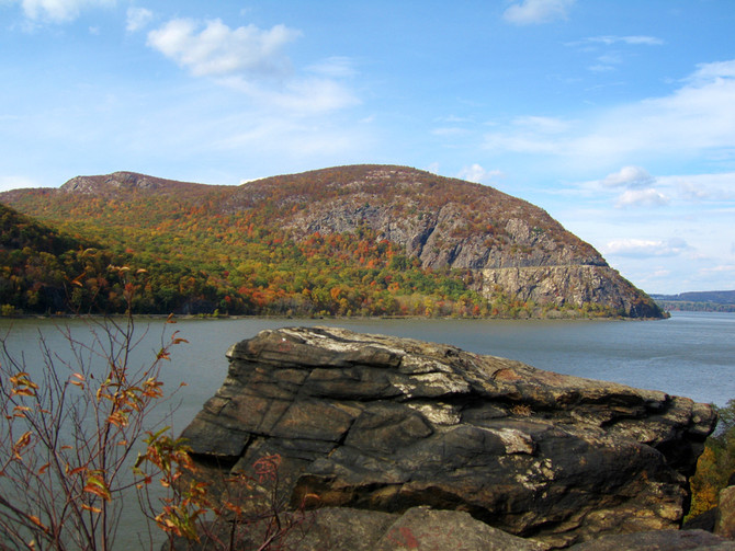 Hiking Mt. Taurus in Hudson Highlands State Park