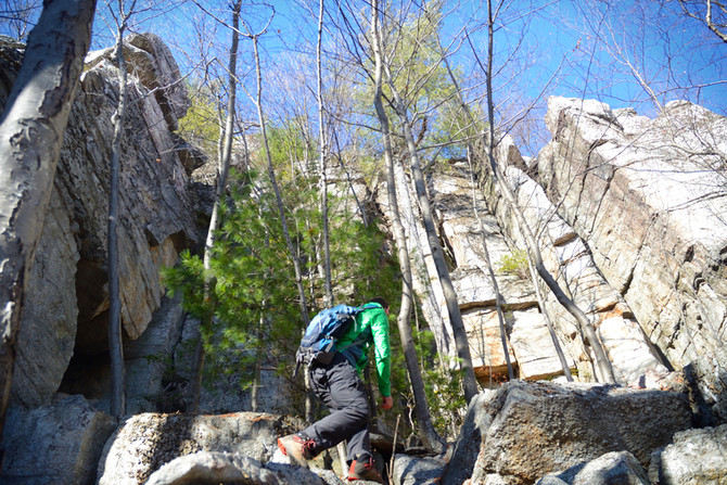 Hiking to the Lost City of Mohonk Preserve
