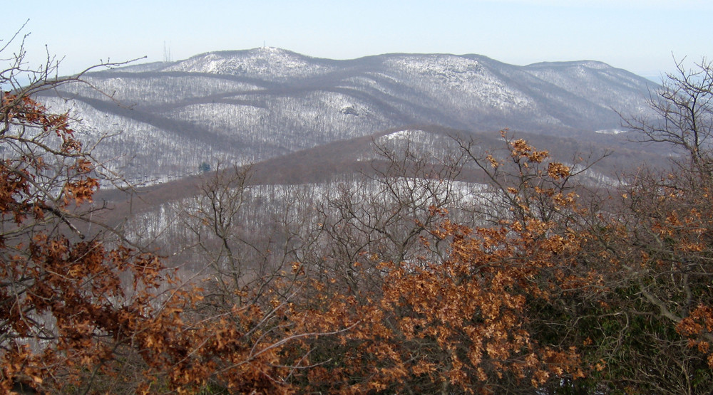 breakneck-ridge-south-beacon-mountain-view
