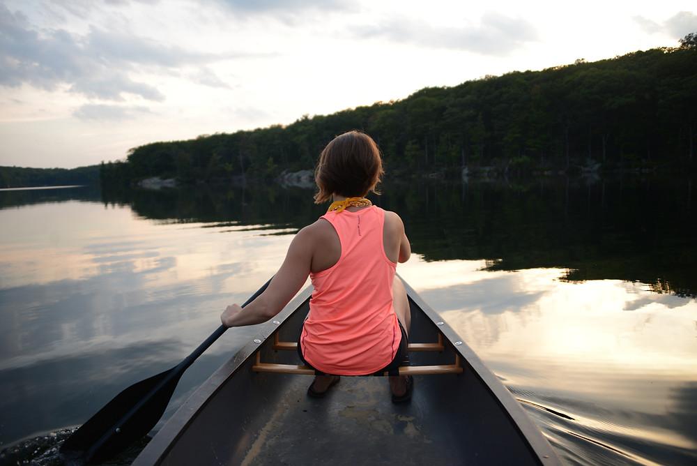 paddling-canoeing-breakneck-pond