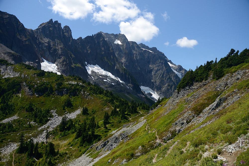 north-cascade-trail-sahale-arm
