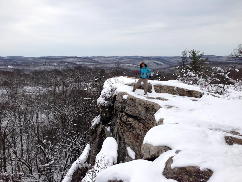 harriman-ny-hiking-winter-unboring-exploring_04.jpg