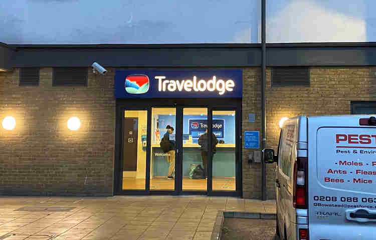 Enfield Travelodge in the drizzle at 5am