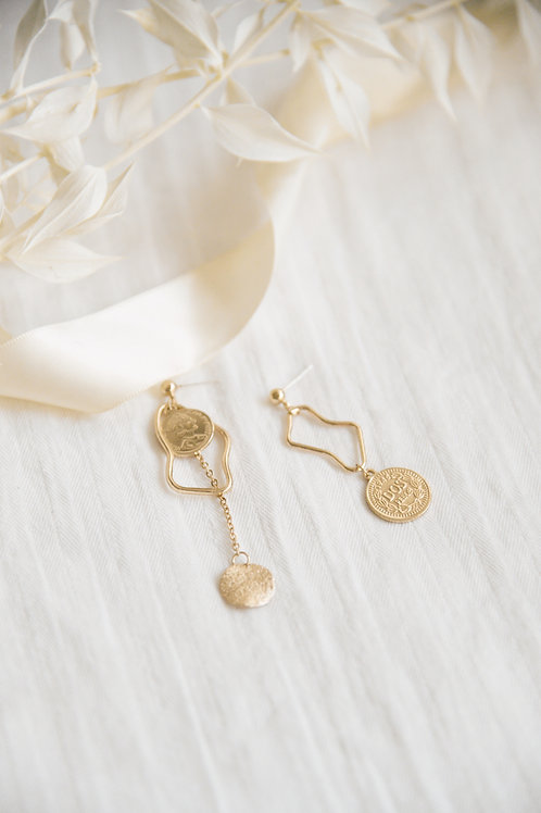 Lira Charm Mismatched Earrings (S925)