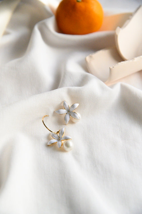 Calla Mismatched Earrings (S925)