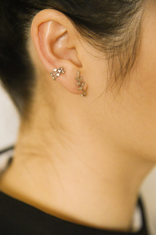 The Twinkle Earcuff