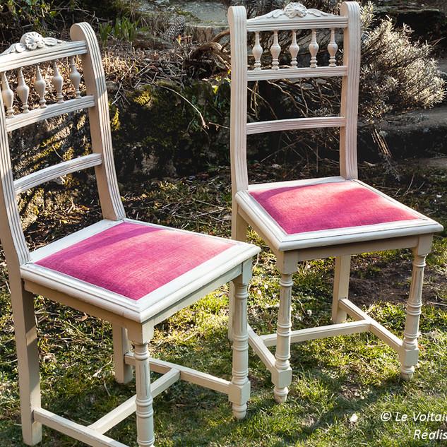 Chaises cannées modifiées