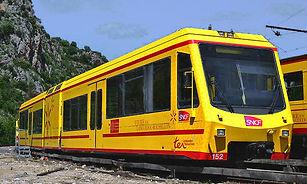 train jaune.jpg