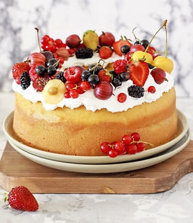 virtual-bake-sale-bundt-cake-with-berrie