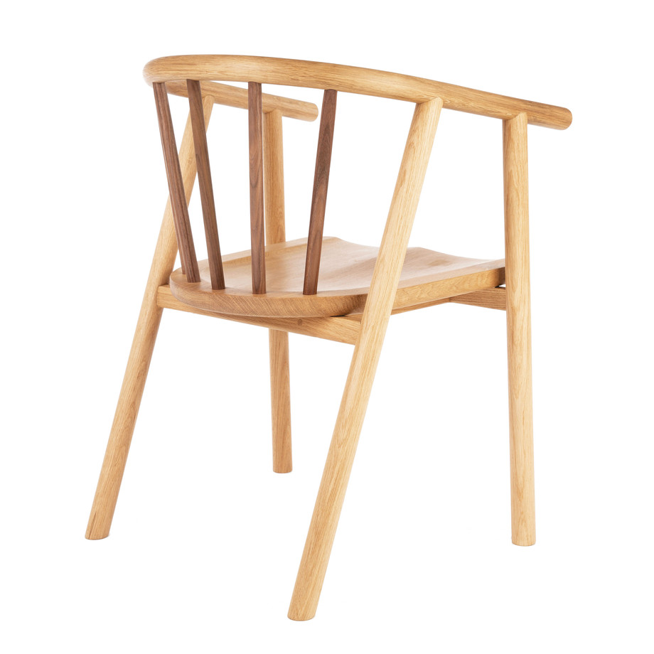 Another AIhsy chair.jpg