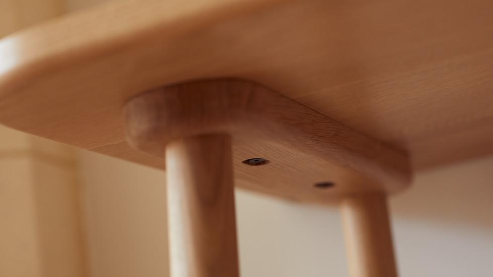 Aish desk detail 2.jpg