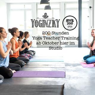 200 Stunden Yoga Teacher Training
