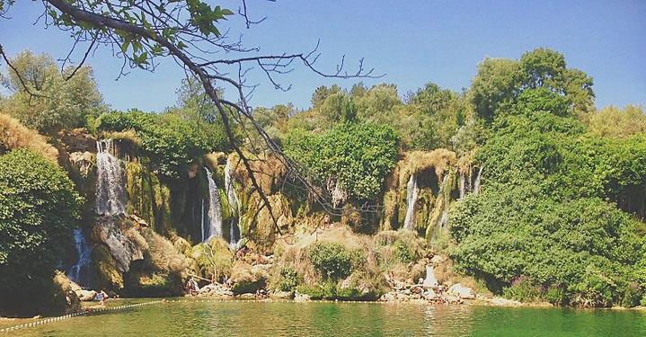 le cascate di kravice vicino a mostar in bosnia