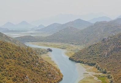 Il maestoso Canyon crnojevica in montenegro