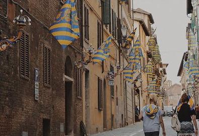 Al Palio di Siena del 2018 nella contrada vincente della Tartuca