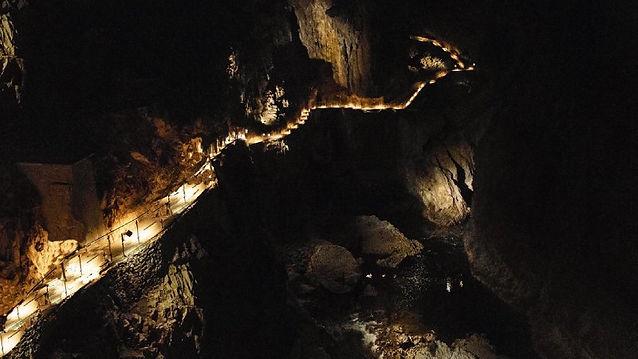 Il buio delle grotte di Škocjan