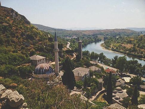 pocitelj il villaggio ottoman visitato durante il nostro on the road in bosnia