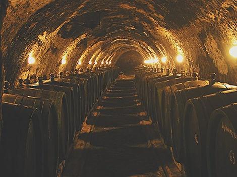 La Cantina sotterranea di invecchiamento del vino Tokaj