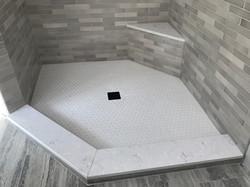 Madison, CT Shower Floor 1 x 1 Hex Bright White Satin