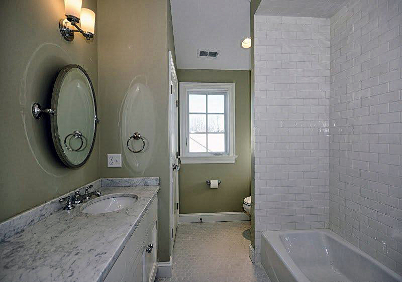 Crystal White 3 x 6 Shower : Tub Surround copy.jpg