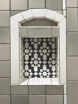 San Diego Showroom Shower Niche