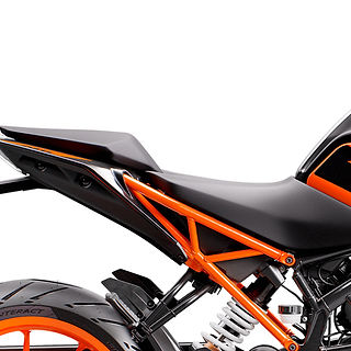 PHO_BIKE_DET_200DUKE-MY20-Seats-Pho-Bike