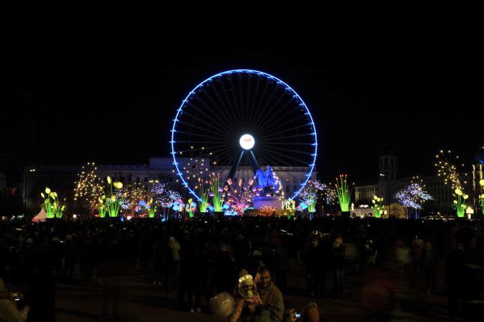 Grande-roue-bellecour-illuminations.jpg