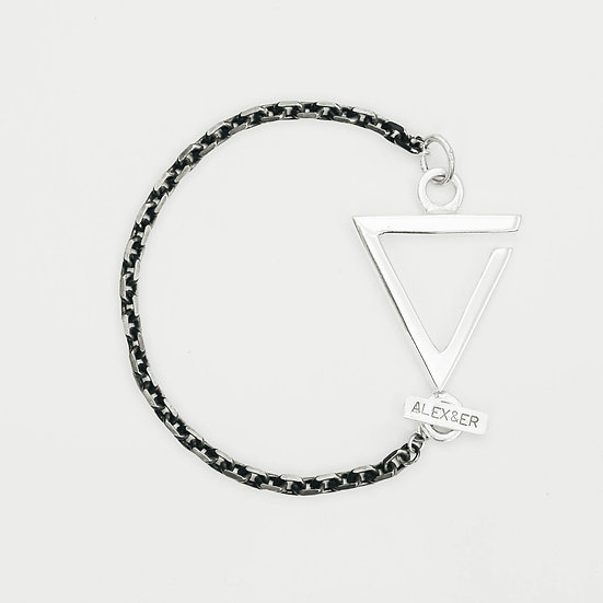 Chunky Love Single Chain Bracelet