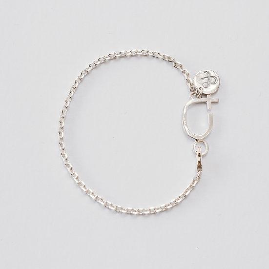 Fine Courage Bracelet