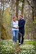 Gravid/kjærestefotografering i hvitveis-skogen.