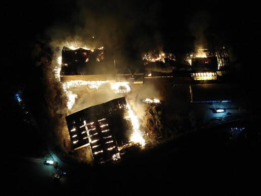 Bourberain: énorme incendie dans une ferme