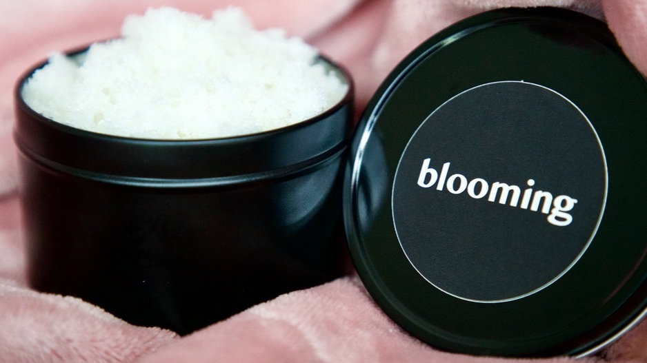 blooming body scrub